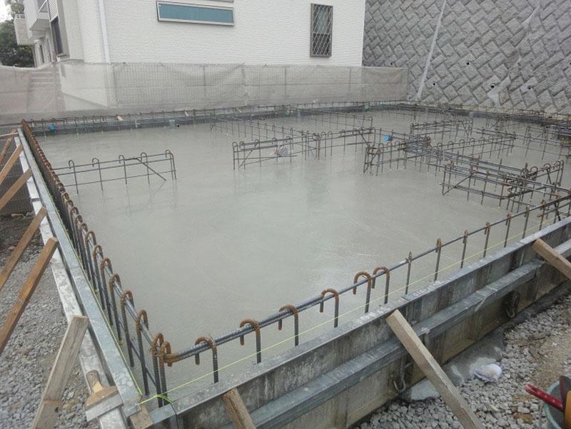 グランステージくずは 基礎工事の進捗状況の写真