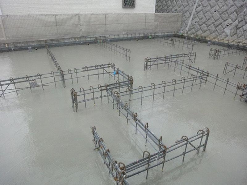 グランステージくずは ベタ基礎コンクリート打設後の写真1
