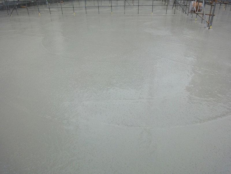 グランステージくずは ベタ基礎コンクリート打設後の写真2
