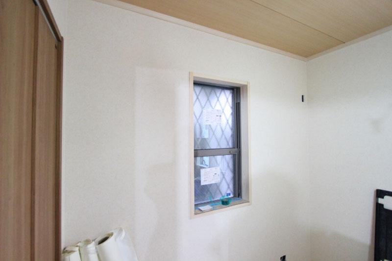 グランヒルズくずは 和室の壁 クロスの写真