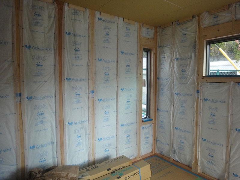 グランステージくずは モデルハウス内部2階の断熱材の写真