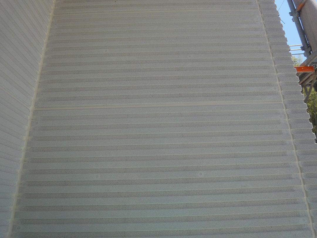 グランステージくずはⅢ モデルハウス 外壁仕上げ材の施工の写真2
